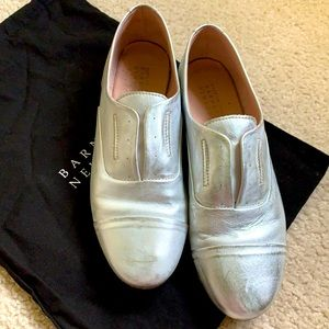BARNEYS NY silver leather laceless slip on loafers